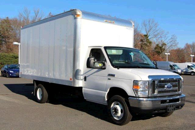 Rent Moving Trucks
